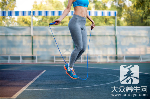 跳绳瘦身法怎么做