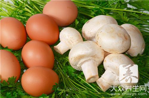 鸡蛋炒葱头