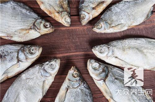 炸咸鱼的做法是什么--第3张