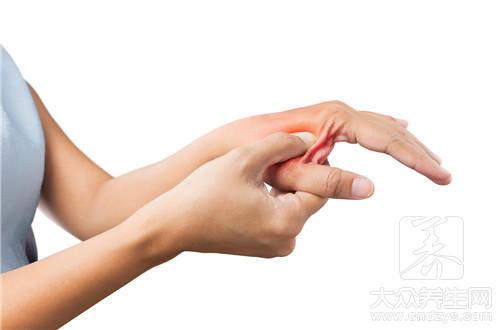 大拇指侧边疼