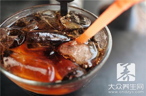 可乐加盐可以治感冒吗