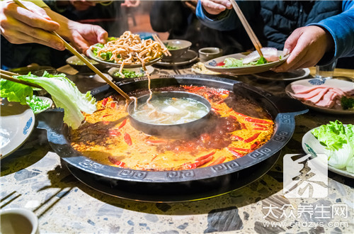 吃中药可以吃火锅吗?