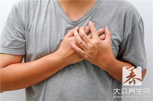 胸口中间肌肉疼是怎么回事