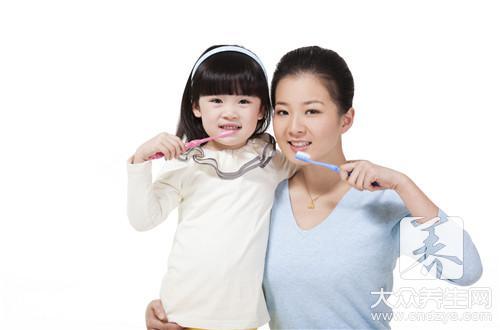 刷牙的正确姿势-第2张