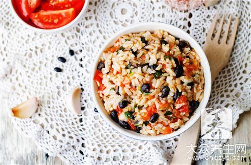小米八宝饭怎么制作呢-第2张