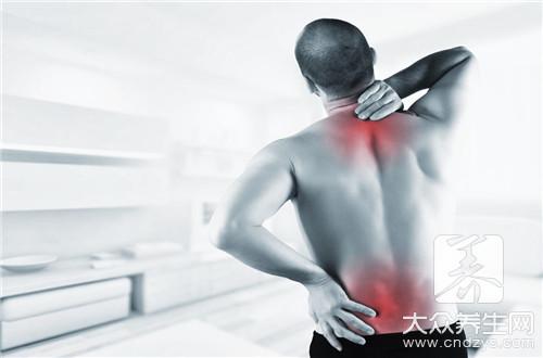 后背老是酸痛怎么回事?