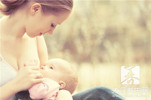 躺着喂母乳的正确姿势
