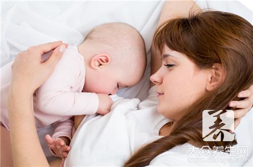 躺着喂母乳的正确姿势-第2张
