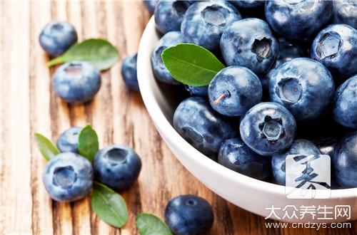 蓝莓和什么水果搭配