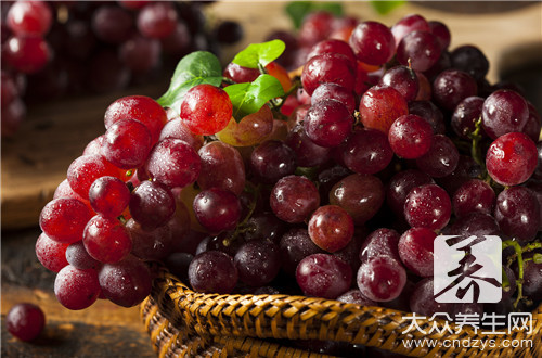 红提是葡萄吗?