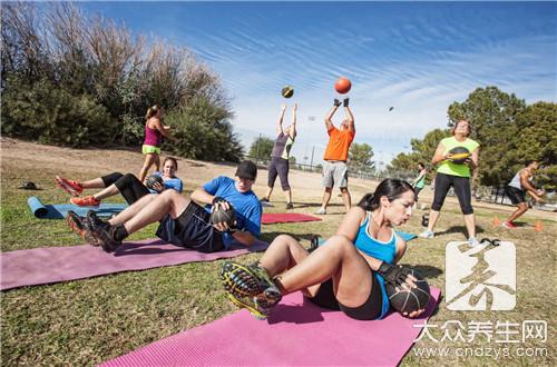 锻炼背肌最有效的方法-第2张