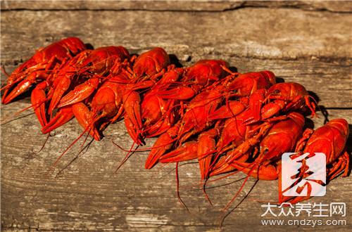 小龙虾要炒多久才熟?