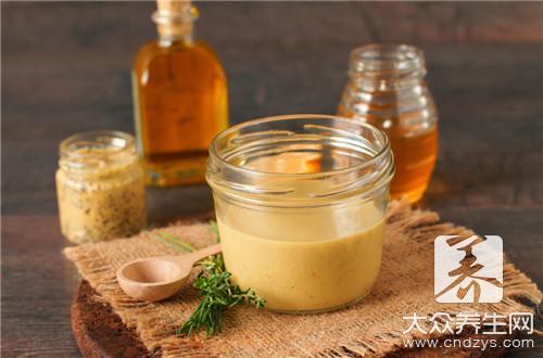 蜂蜜和麻油怎样治便秘?