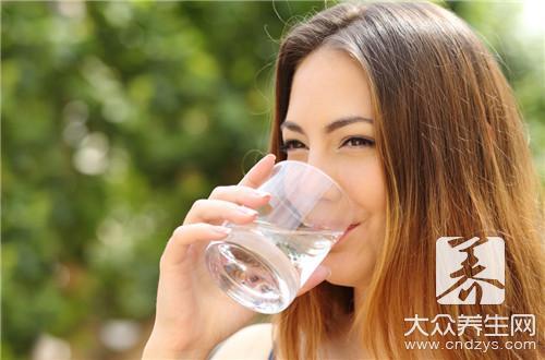大血藤泡水喝功效有哪些