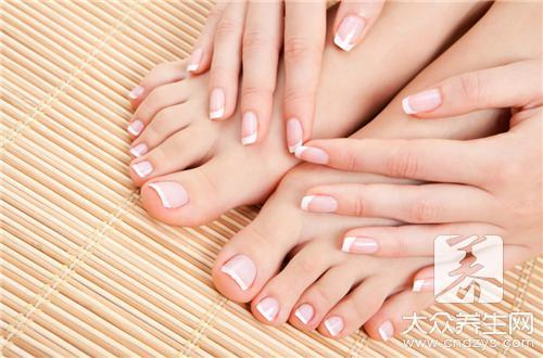 指甲分层是灰指甲导致的吗?