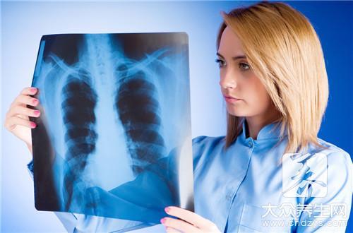 出现肺部真菌感染严重吗-第2张